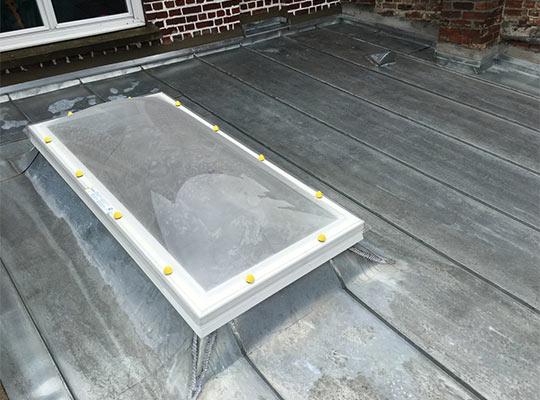 R novation couverture et bardage en zinc kervella for Couverture en zinc joint debout