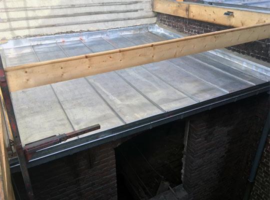 Terrasse Zinc Joint Debout : R u00e9novation couverture et bardage en zinc KERVELLA